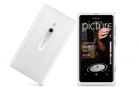 White-lumia-900_medium