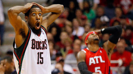 Milwaukee-bucks-john-salmons-reacts-to-foul-call_medium