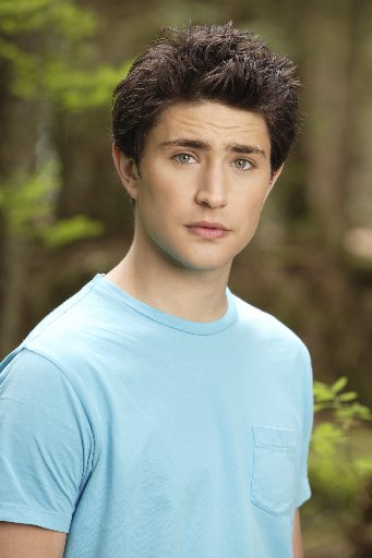 Kyle-xy-matt-dallas-kyle-xy-24404584-341-512_medium