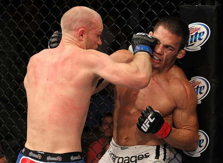 Tuflive_10_kampmann_vs_ellenberger_008_medium