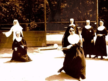 Religion_nuns_playing_baseball_omaha_medium