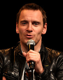 220px-michael_fassbender_by_gage_skidmore_medium