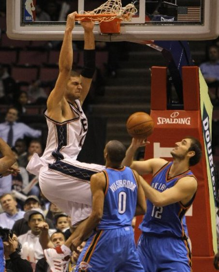 Large_2brook-lopez430_medium