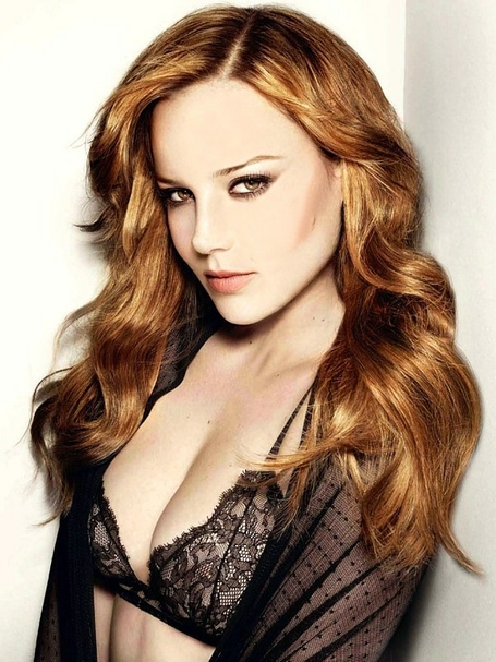 Abbie_cornish_medium