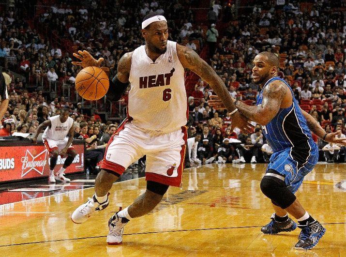 LeBron_James_Heat_Magic_Preseason