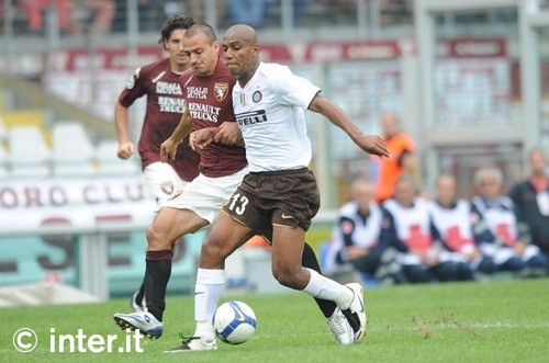 Maicon doing his thing