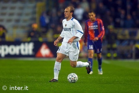 Who is that hair covered midfielder?