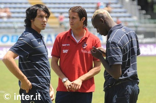 Bobby and his Italy U21 friends