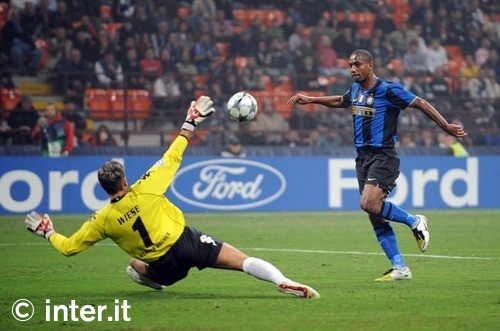 Maicon scores our only goal at home against Bremen 2008