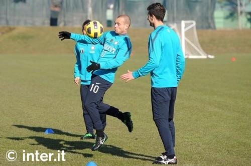 Sneijder ready for return