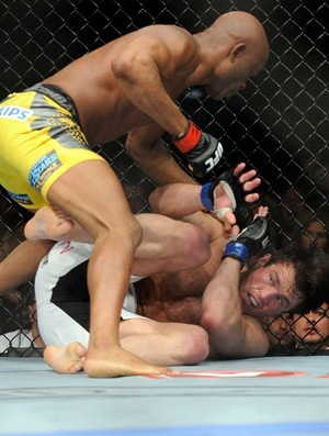 Ufc148_andersonsilva3_ap_medium