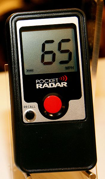 352px-pocket_radar_photo_medium