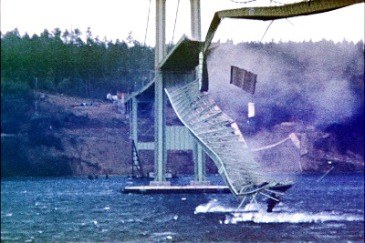 Tacomanarrowsbridgecollapse_in_color_medium