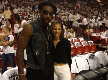 Amare-courtside_medium