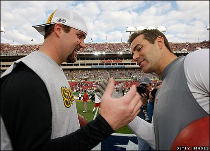 Rival_20quarterbacks_20ben_20roethlisberger_20and_20kurt_20warner_20exchange_20a_20handshake_medium
