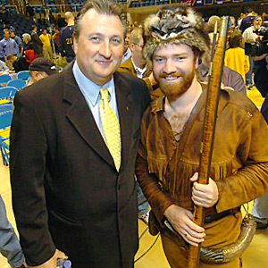 Huggins-mountaineer_medium