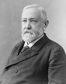 220px-benjamin_harrison_2c_head_and_shoulders_bw_photo_2c_1896_medium