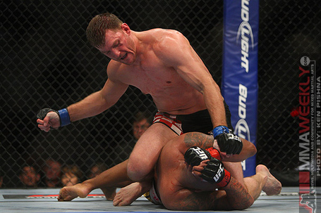 Miocic-v-beltran-ufc136-3_medium