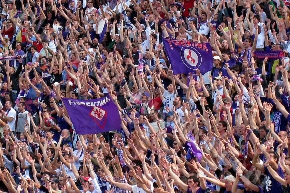 acf-fiorentina-supporters-wallpaper-30-581x388