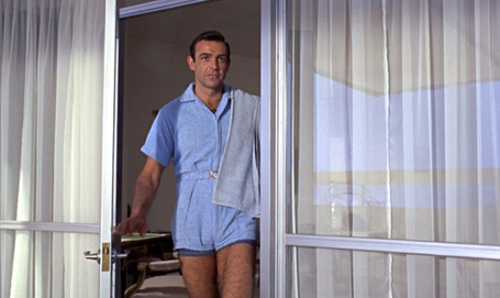 Goldfinger_sean-connery_terrycloth-playsuit_full-door1_medium