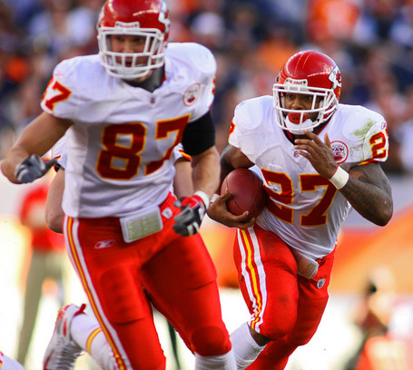 Kansas_city_chiefs_v_denver_broncos_z1-bw06x3fjl_medium