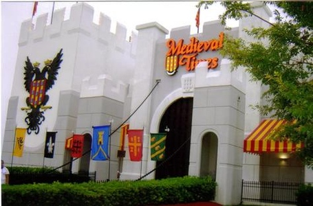 Medievaltimeskissimeecastle_medium