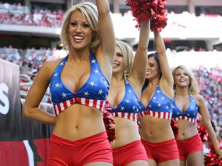 Arizona-cardinals-american-football-team-cheerleaders-600x450_medium