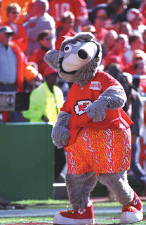 Kc-wolf-walking_gif_medium