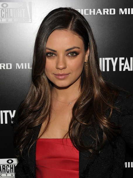 Mila-kunis-_11_medium