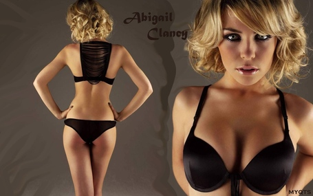 Abigail_clancy_59481_medium