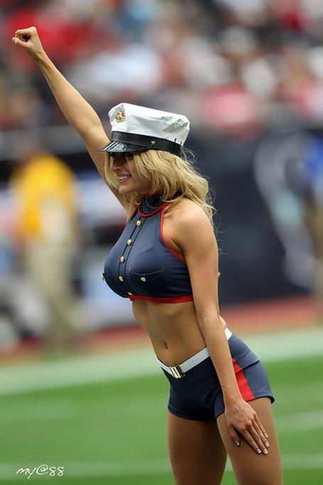 Texans_cheerleaders-512-3_medium