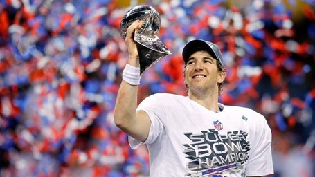 Gty_eli_manning_dm_120206_wg_medium