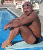 luis_swimmer