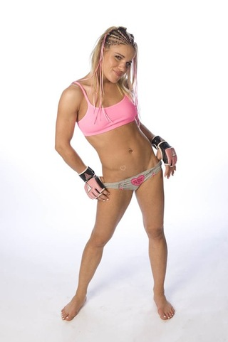 Babe-of-the-day-felice-herrig-20110309090736116-3411199_320w_medium