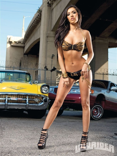 1109-lrms-04-o_mercedes-terrell_lowrider-girls-model_medium