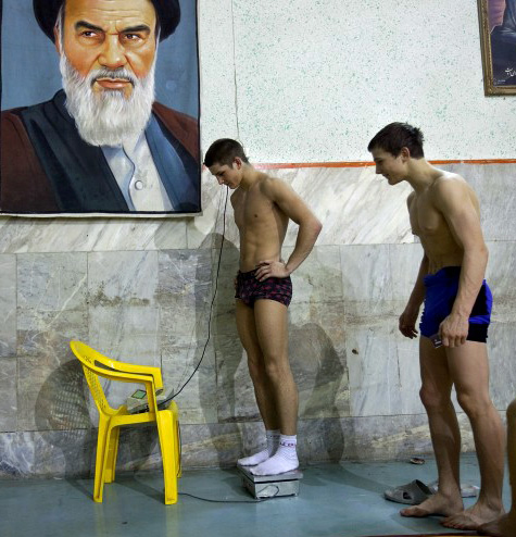 Danish wrestlers in Iran. See the complete gallery: http://politiken.dk/fotografier/sportfoto/article659991.ece