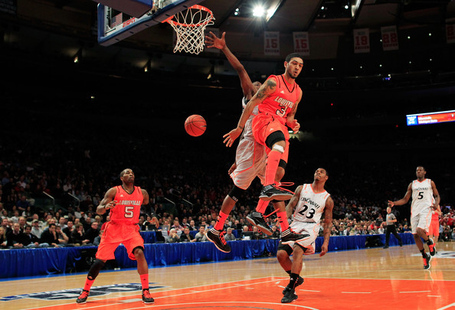 Chris_smith_peyton_siva_east_basketball_tournament_6qt1cnahts_l_medium