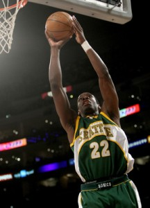 Jeff Green goes up to finish strong in a past NBA game.