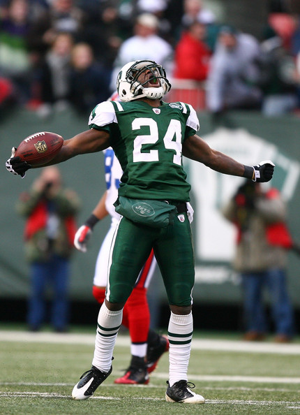 Darrelle-revis-02_medium