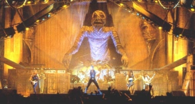 Iron_maiden_powerslave_tour_medium