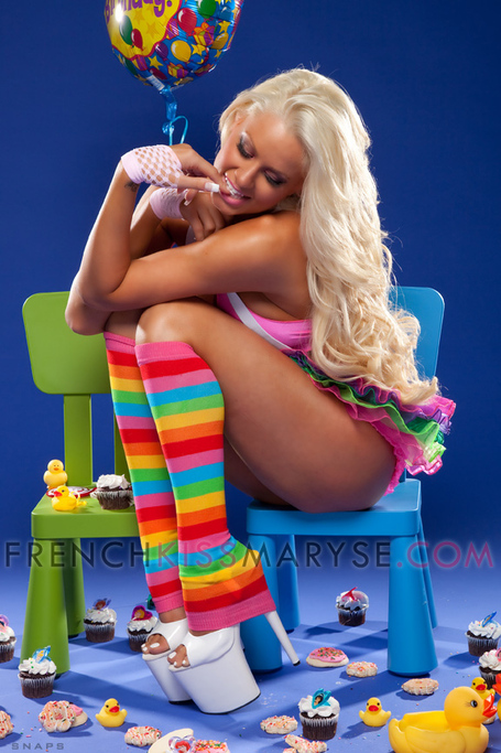 Maryse-candy-colors3_medium