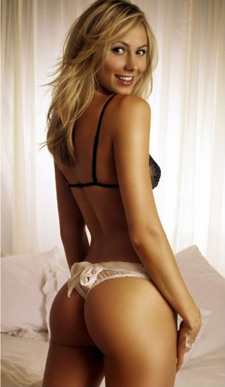 040509-stacy-keibler-1_medium