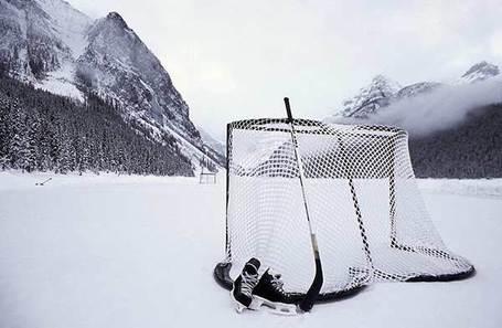 Pond_hockey_medium