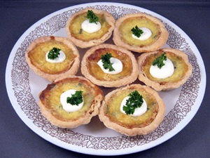 Leek_tarts_irish_appetizer_medium