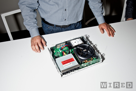 20130514-xbox-one-teardown-014_medium