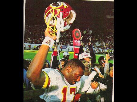 03ada1a1-243a-f943-84c1-550a8f352a2e-news_fb_superbowlmoments_dougwilliams_medium