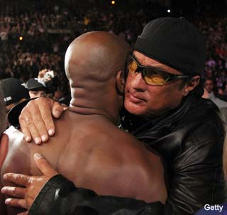 Steven-seagal-hugs-anderson-silva1_medium