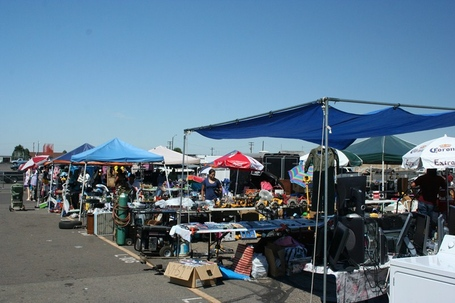 Milehigh_flea_market_008_medium