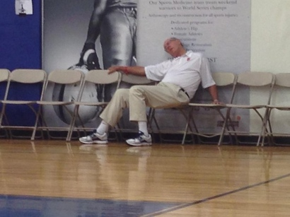 Jim-boeheim-passed-out-594x445_medium