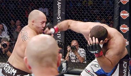 Gabriel-gonzaga-knockout-shawn-jordan-ufc-166_medium